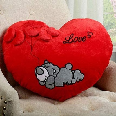 Love Heart Shape Soft Plush Stuffed Cushion Pillow Toy in Red Color