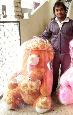 ToYBULK Real Giant 4 Feet Sitting Teddy Bears with Cap 48 inch Brown, (4-Feet Brown)